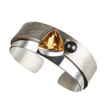 Silver cuff with pearl, citrine and diamond