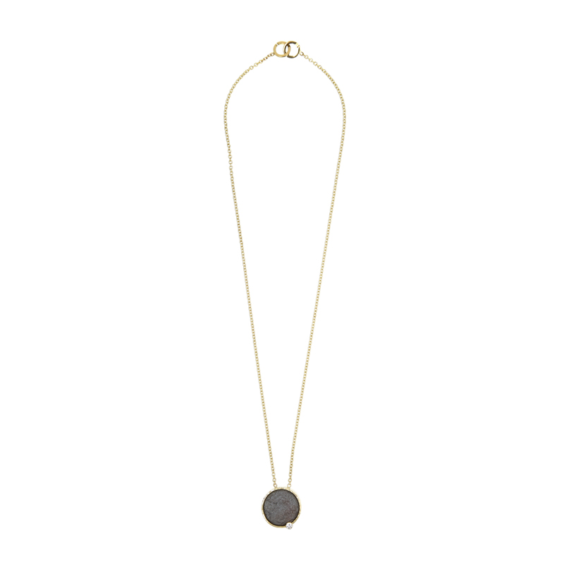 Gold necklace with hematite and diamond