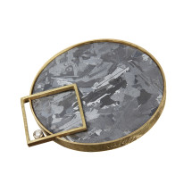 Gold brooch with silicon and diamond