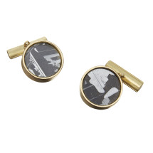 Gold cufflinks with silicon